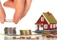 contando dinheiro casa